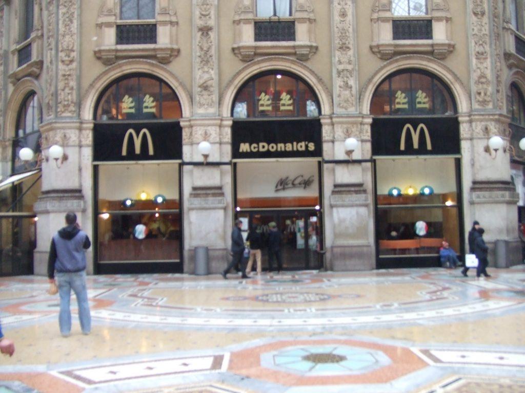 イタリア マクドナルド