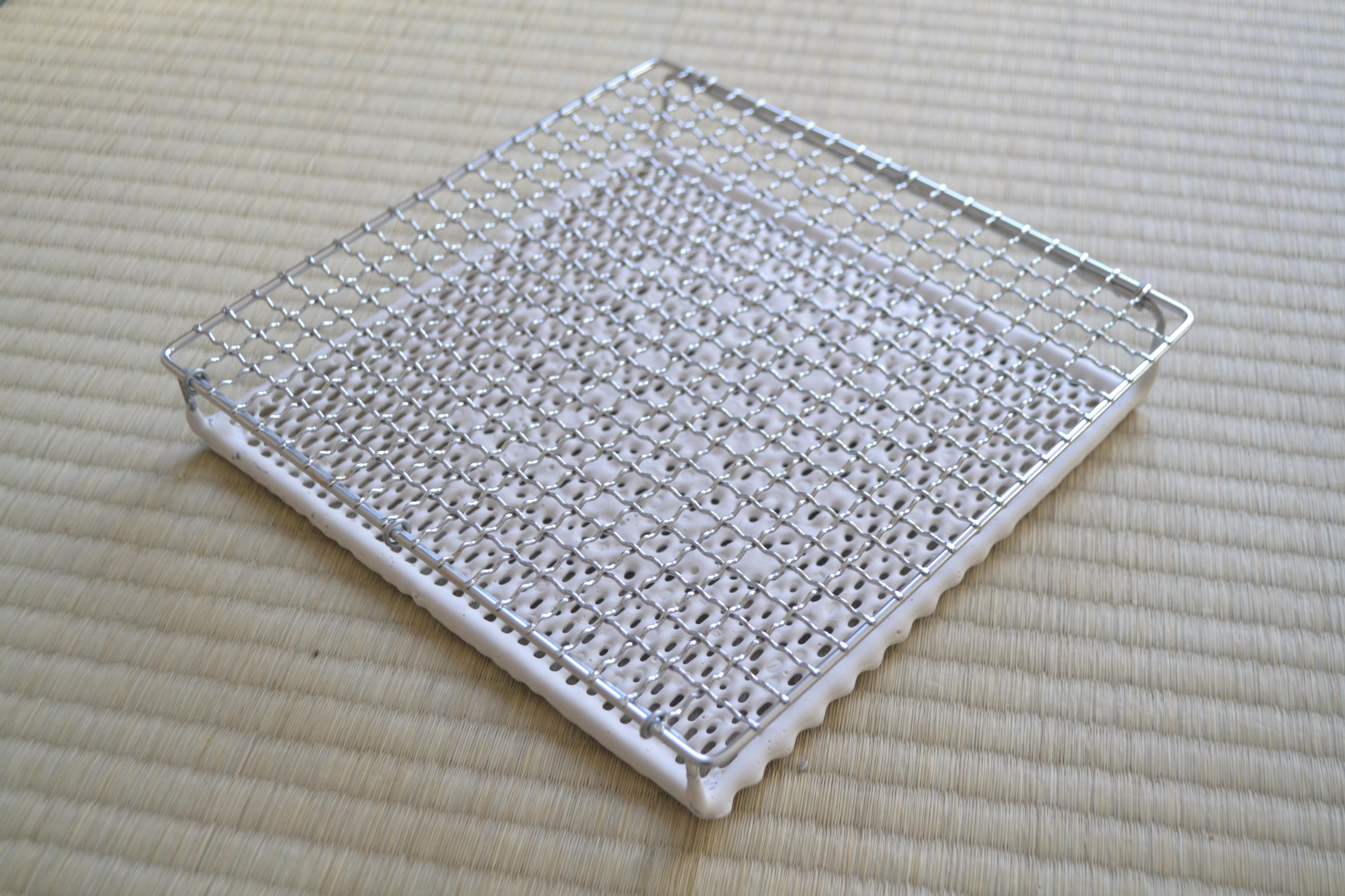 焼き網は丸十金網の「セラミック焼き網」がおすすめ♪